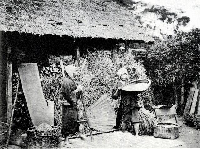 江戸時代の農家の軒先-thumb